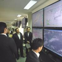 気象庁を視察