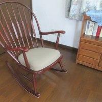 安楽椅子シート張り替え及びクッションの交換