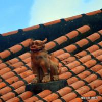 沖縄県シーサー探訪 ☆ 伝統的な屋根シーサー うるま市みどり町で撮影