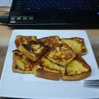 賞味期限が切れた食パンでフレンチトースト。