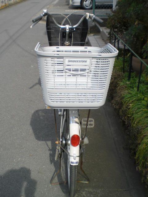 自転車の d2 自転車 修理 : ママチャリに後ろかご・ライト ...