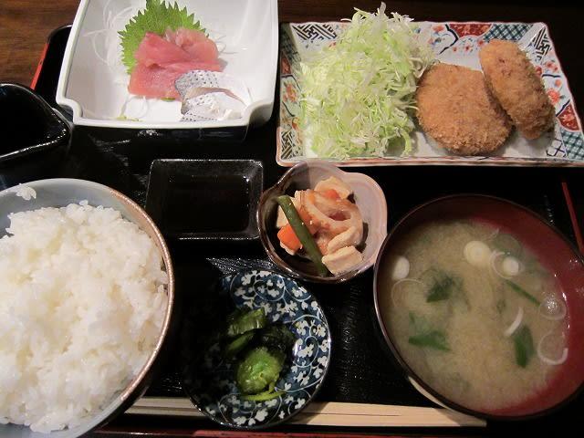 刺身+メンチカツ定食