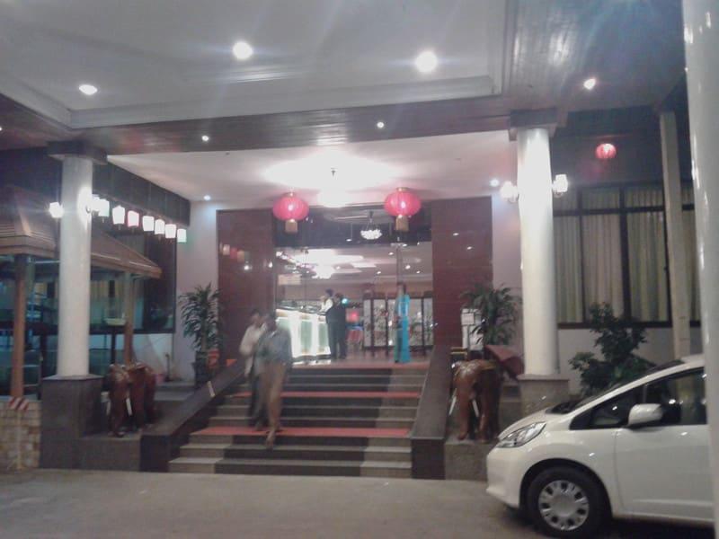 ヤンゴン中華2