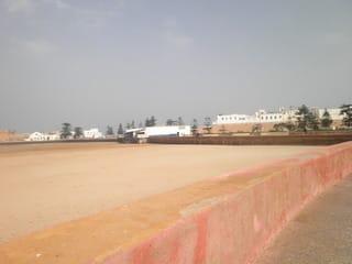 貿易風の海辺の町エッサウィラ