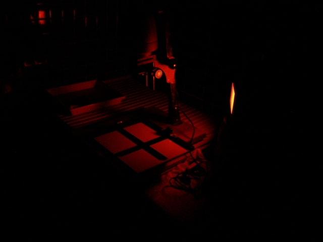 久々の投稿になります 最近ちょっと忙しく、なかなか書き込むことができずに... 暗室作業。。。