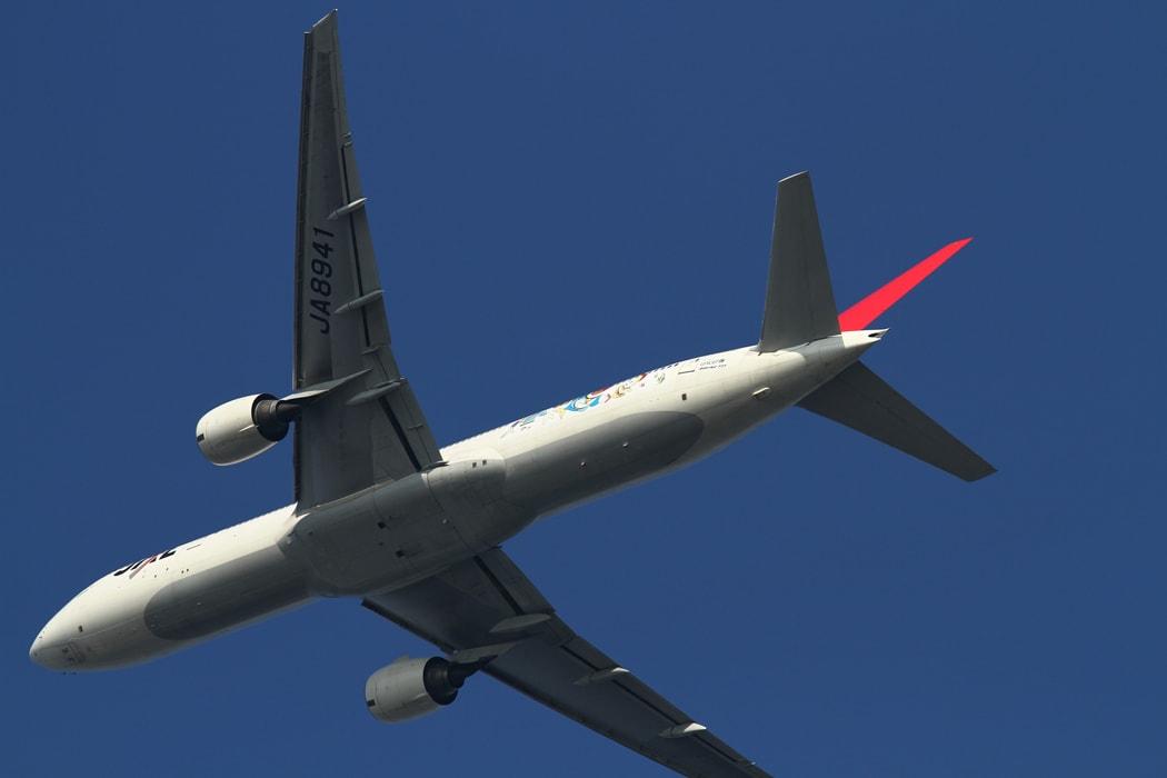 特別塗装機「JAL 嵐JET」が就航! | プレスリリー …