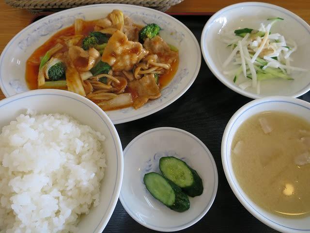 本日の定食A(豚肉のからし炒め)