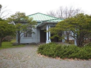 王子製紙倶楽部 昭和11年 王子町 門の外から眺めるのみ。 王子製紙苫...  東日本 近代建築