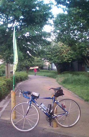 自転車の 自転車 時速 平均 ママチャリ : ... ママチャリで町田へ行っていた
