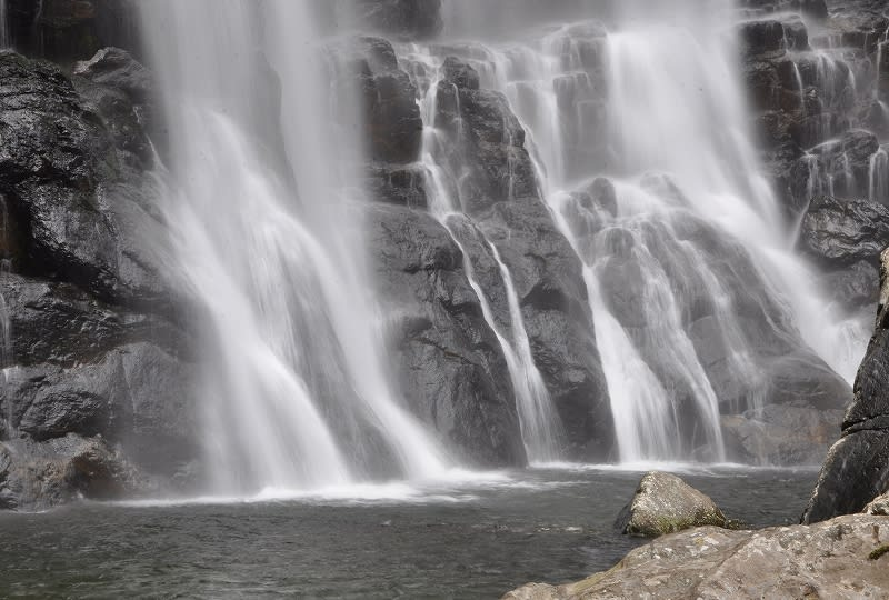 千尋の滝壺