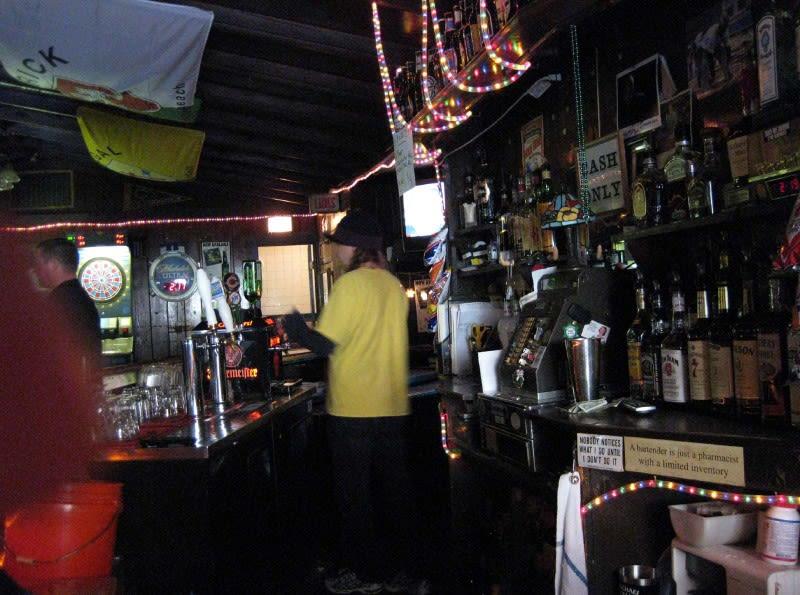 A_bartender