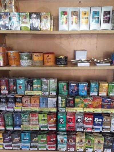 マニトウ缶山梨甲府市のタバコ屋売っている