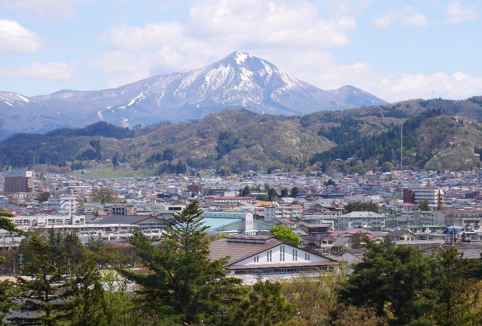 鶴ヶ城天守第5層からの磐梯山