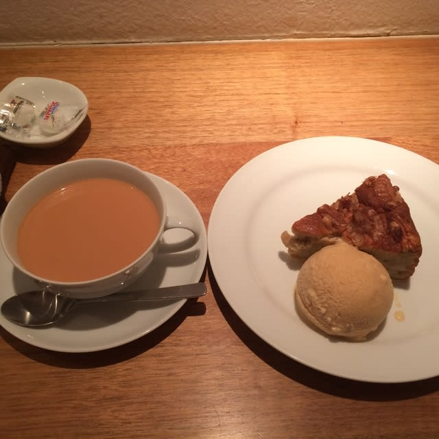 takarazuka single parents Remm hibiya locates in the  among the verious theaters and museums such as tokyo takarazuka  single rooms do not come with a bathtub but a shower booth.