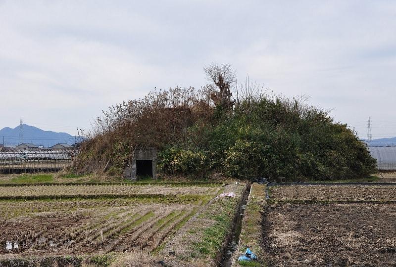 南側の防空壕