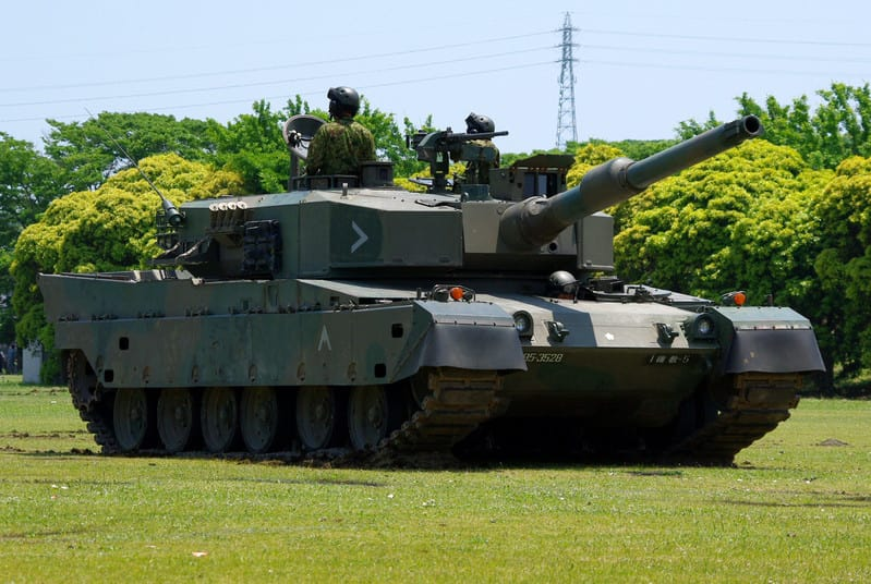 Jgsdf_type90_tank_2012052705