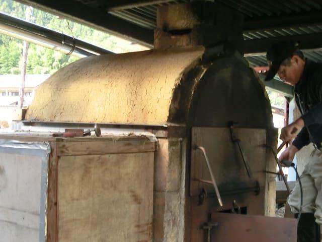 ピザ窯屋根補修