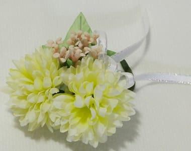 アートフラワー(造花)卒園 卒業コサージュ クリーム色