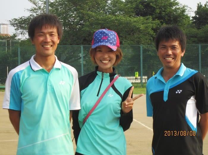 こちらは~ ぉまみ さんのブログ、ソフトテニス☆サプリメンツ にも当日(8/8)の様子が掲載されています