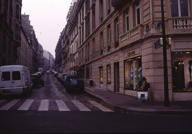 パリの街角 ジャンル:写真 コメント  京都日々是望外!