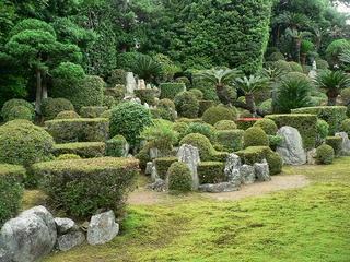 医王寺の庭