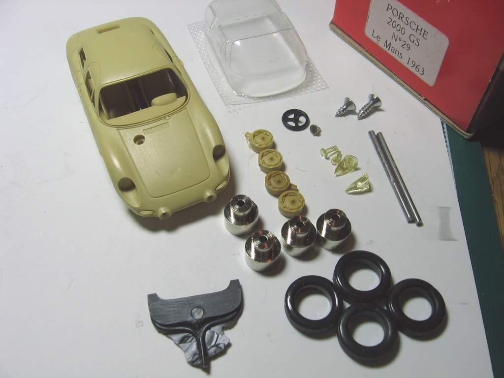 Porsche 718/8 のキットと