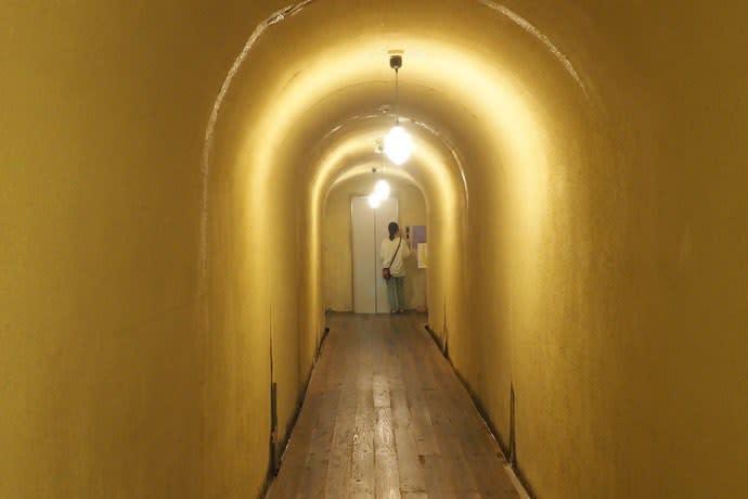 積善館・浪漫のトンネル