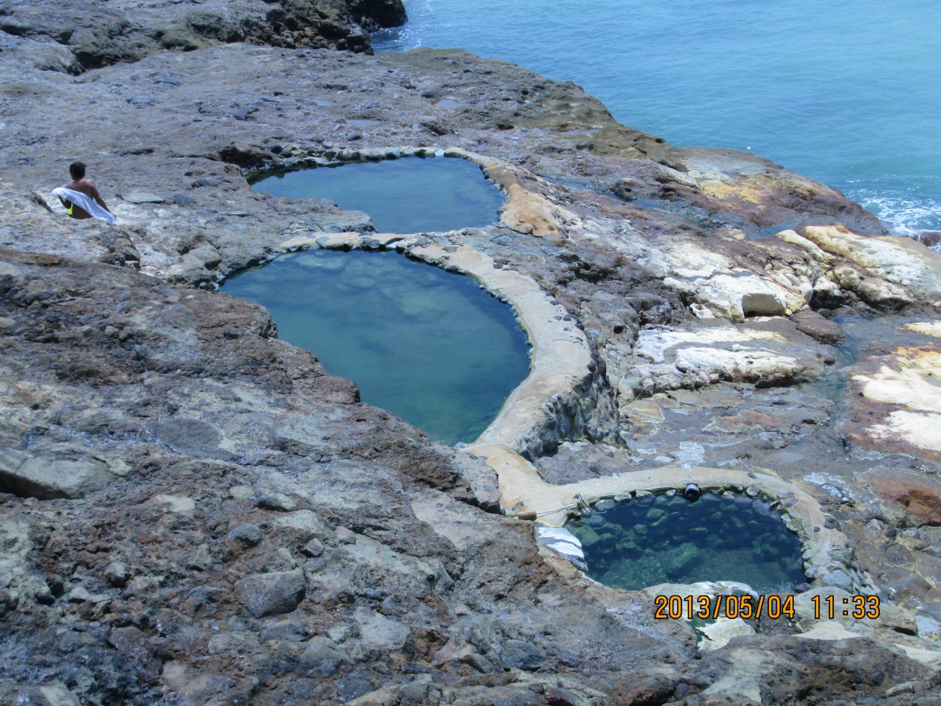 三島村(硫黄島)湯煙の東温泉での運用と観光地 - 黄昏叔父 ...