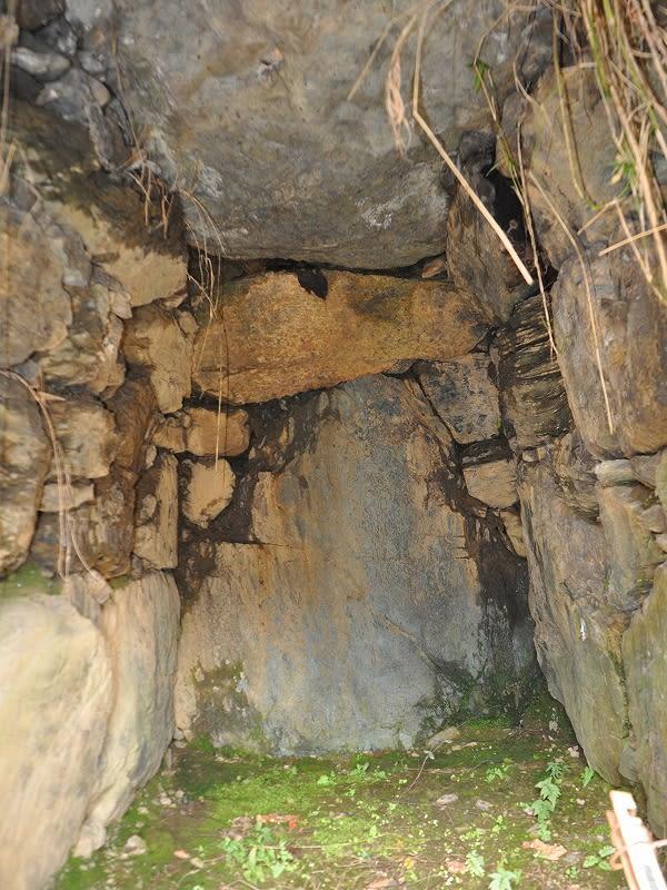 林垣内古墳の石室