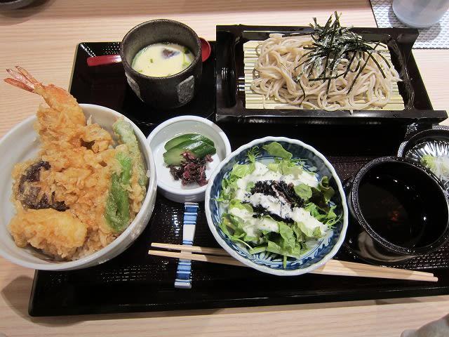 小丼と小蕎麦セットA
