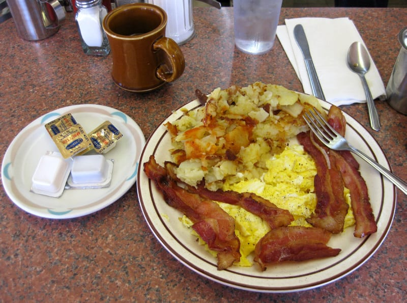 Breakfast_in_american_diner