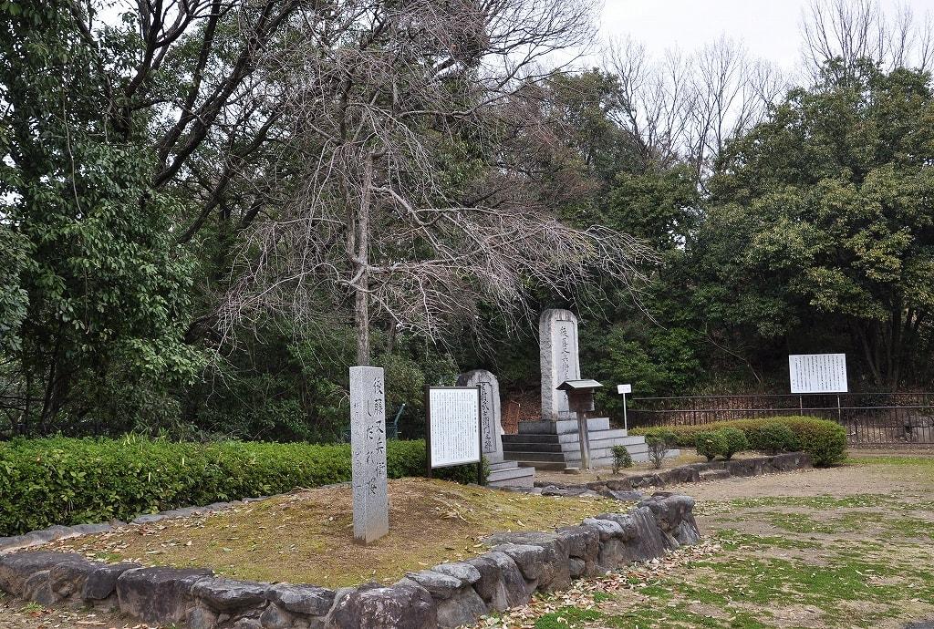 7号墳前の大阪夏の陣古戦場跡