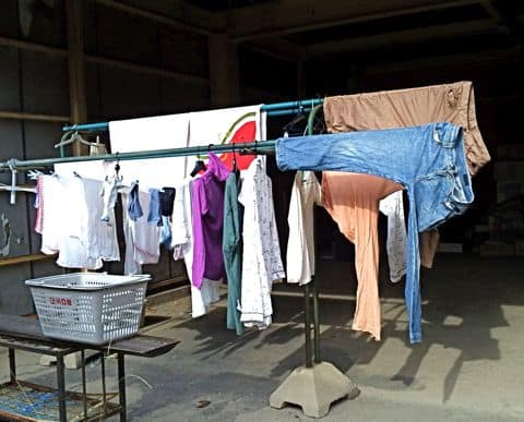 下着などの洗濯物を撮影、公開されプライバシーを侵害された ...