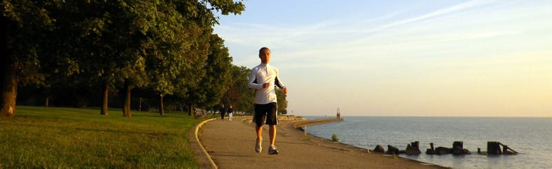 Jackie_jogging_along_lake_michigan