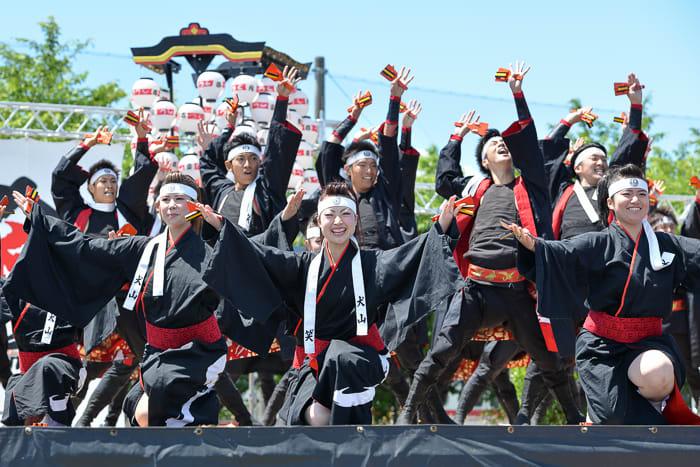 「笑゛」が札幌の「YOSAKOIソーラン祭り」に遠征した時、テレビ中継で大泉洋氏が絶賛しておりましたね。