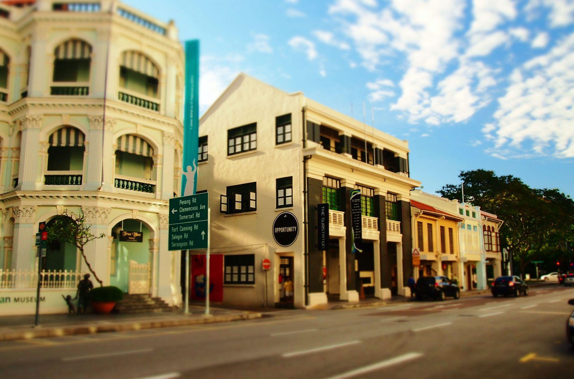 シンガポールはなんだか街並みに外国感がないなあーなんて思うけど こうして見ると結構外国っぽいし、
