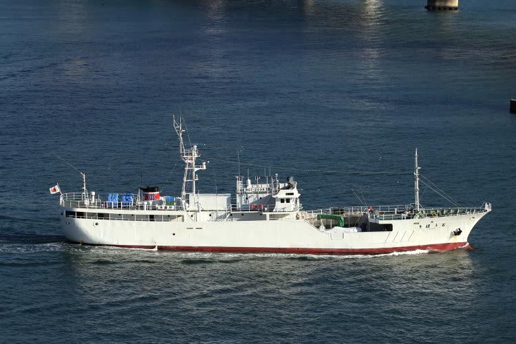 よく似た船で漁業取締船「むろね」(宮城県登録船)がありますが 細かい所... 水産庁 漁業取締船
