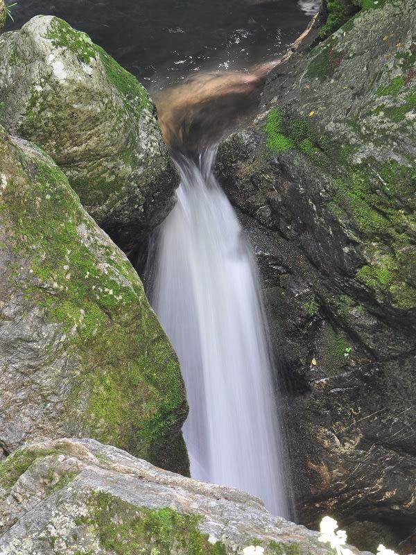 岩戸の滝下段