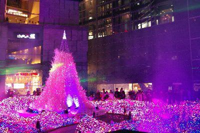光と音楽のクリスマスイルミネーション