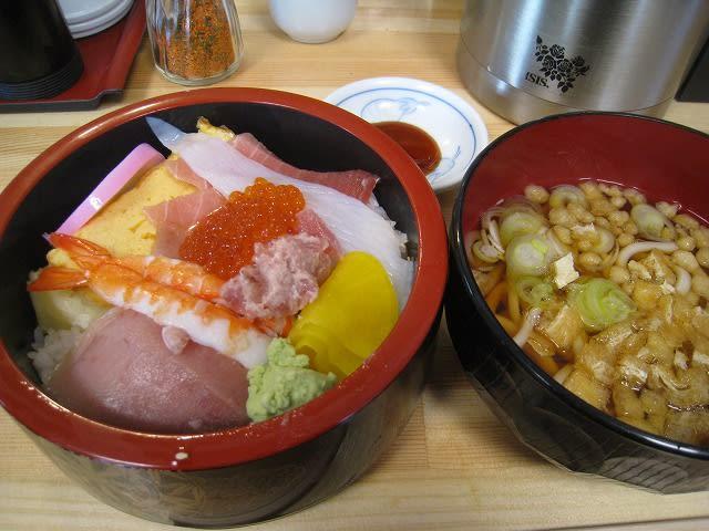 海鮮丼とうどんセット