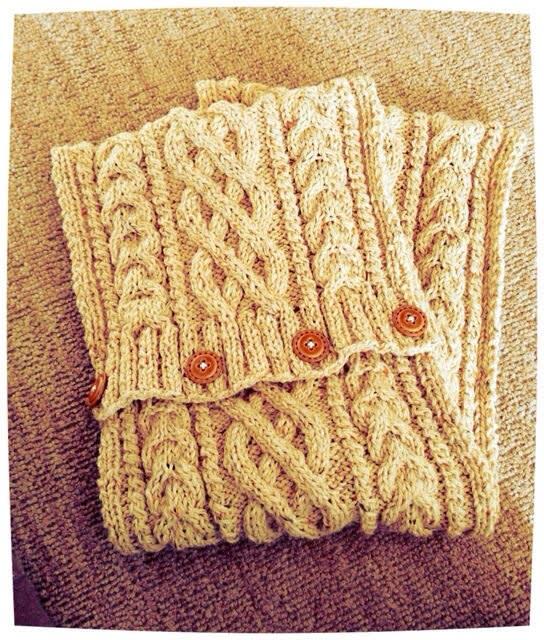 大好きアラン模様♡縄編みで♡ミトン♡マフラー♡ニット帽♡