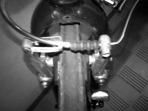 自転車:ブレーキの遊び調整 ...