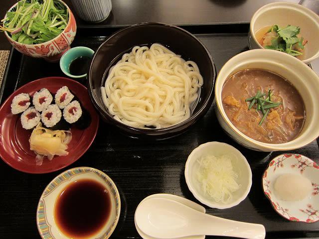 県野菜と豚バラ肉のカレーつけうどん
