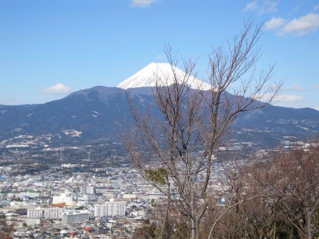 http://blogimg.goo.ne.jp/user_image/15/28/9bec4782bd33d5d977ad7ce8759130b6.jpg