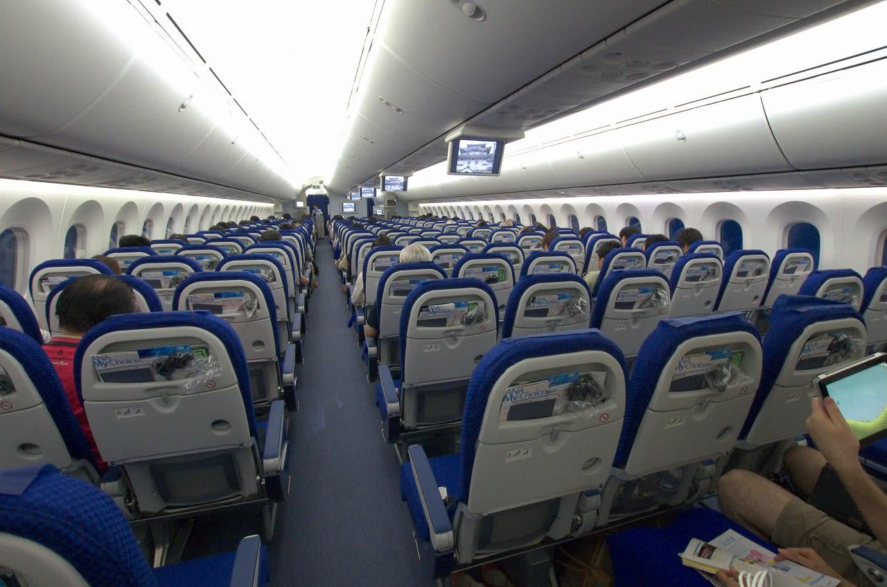 2012年07月15日:ANA686便(広島⇒羽田 787-8) - 飛行機さつえい奮闘記