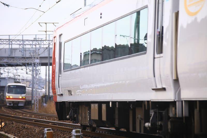 【81列車】名鉄1800系+1000系(1200系) 特急 名鉄岐阜行... のいろいろ