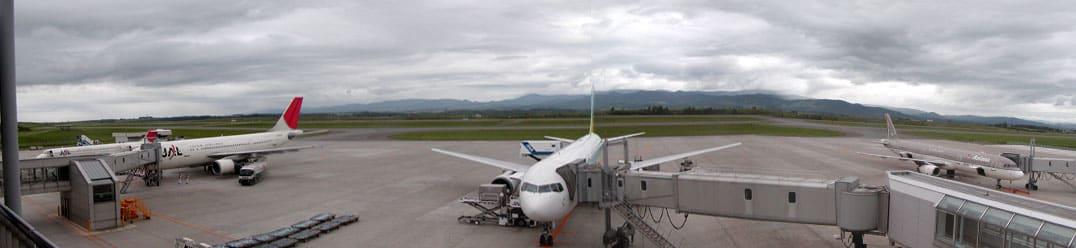 空港に旅客機だけで4機!