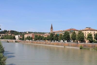 ヴェローナ市街の画像 p1_29