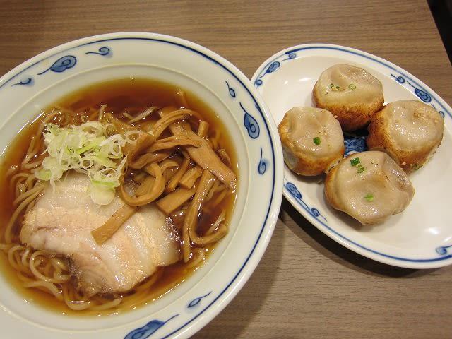 中華そば+焼き小籠包