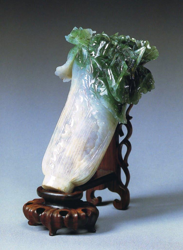 「翠玉白菜」白菜は純白無垢、螽斯は多産の象徴 そんな中でも一際気に入っ... 嘘のような本当の話